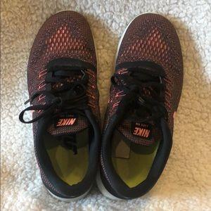 Nike free run neon and black running shoes 6